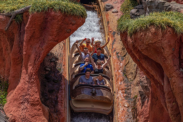 Splash_Mountain_Roller_coaster